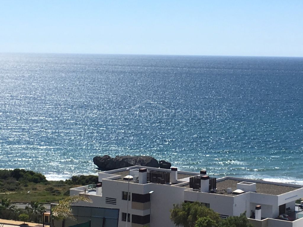 Plot with stunning panoramic views of the Mediterranean for sale in Camarate Golf