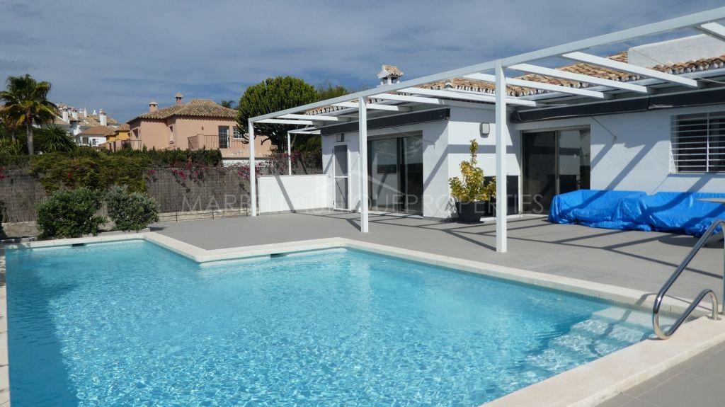 Charming renovated villa in Las Chapas Playa