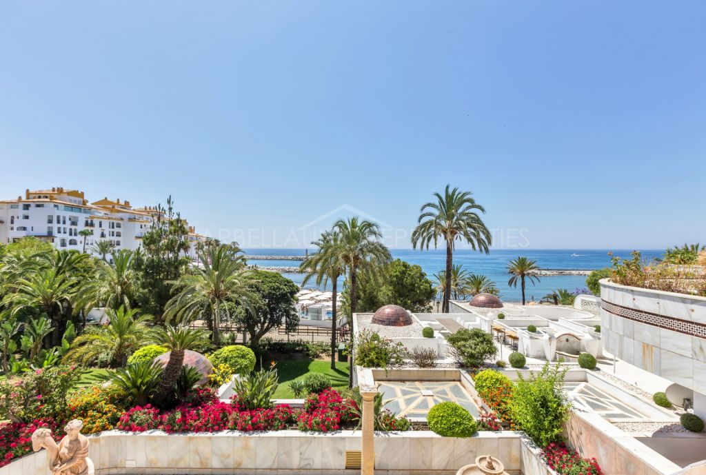 Duplex for sale in Marbella - Puerto Banus