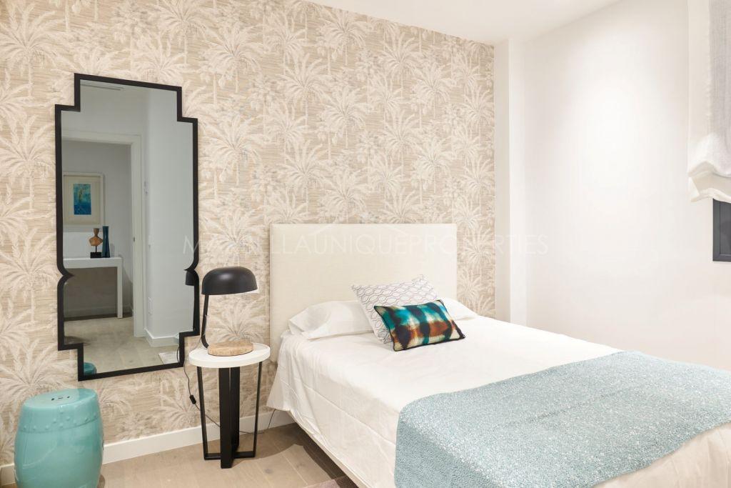 Cozy two bedroom ground floor apartment in Benahavís