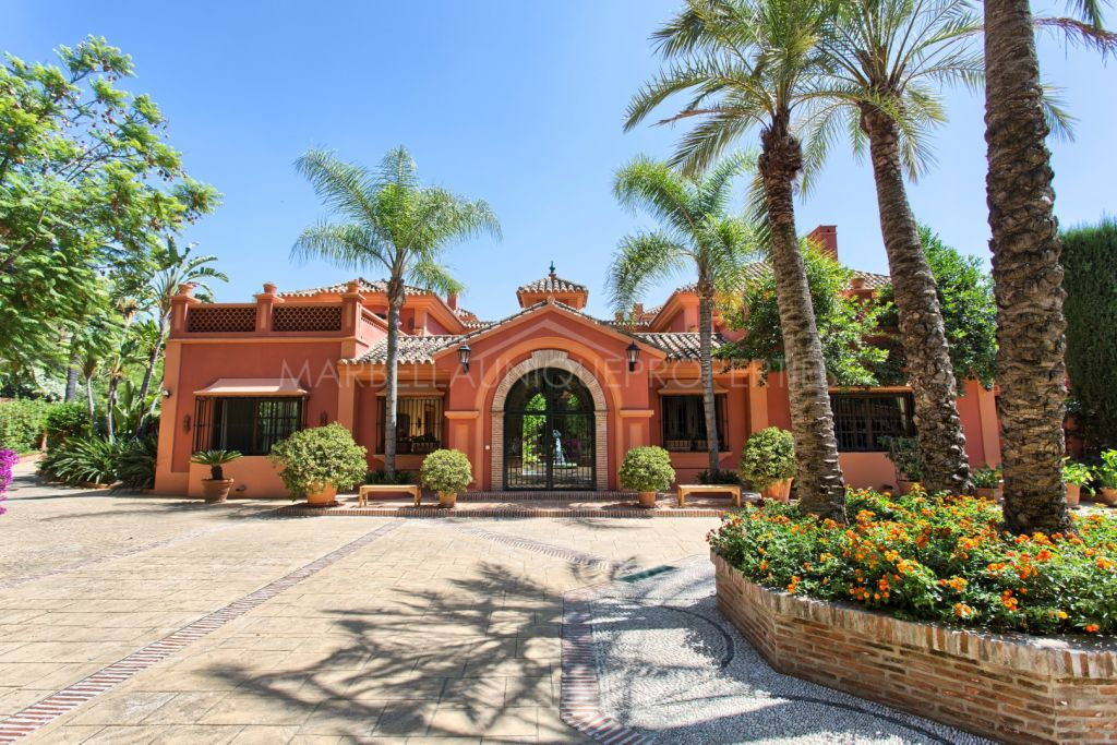 Stunning Mediterranea style villa in the prestigious private community of La Zagaleta