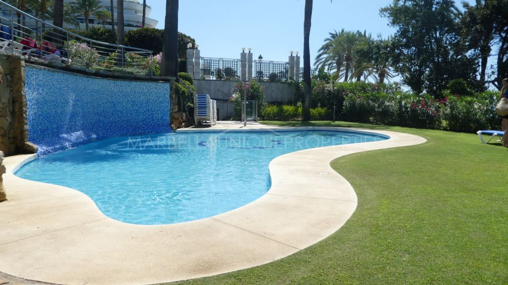 An elegant 2 bedroom apartment in Gran Marbella, The Golden Mile
