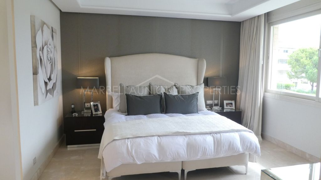A luxurious 3 bedroom apartment in La Trinidad, The Golden Mile