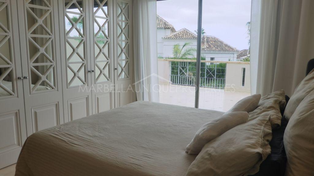 A stunning top quality corner townhouse in Sierra Blanca del Mar