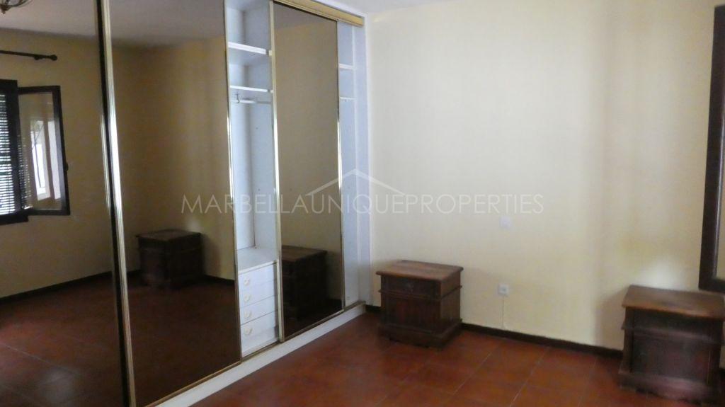 Great opportunity to acquire a 3 bedroom villa in Marbella Center
