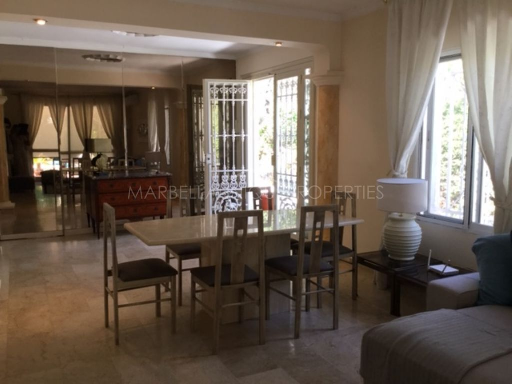 3 bedroom private villa in La Campana, Nueva Andalucia