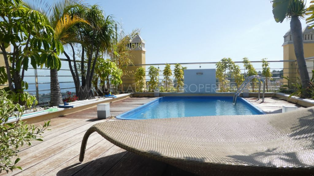 Relaxing and well located Dúplex Penthouse in Condado de Sierra Blanca