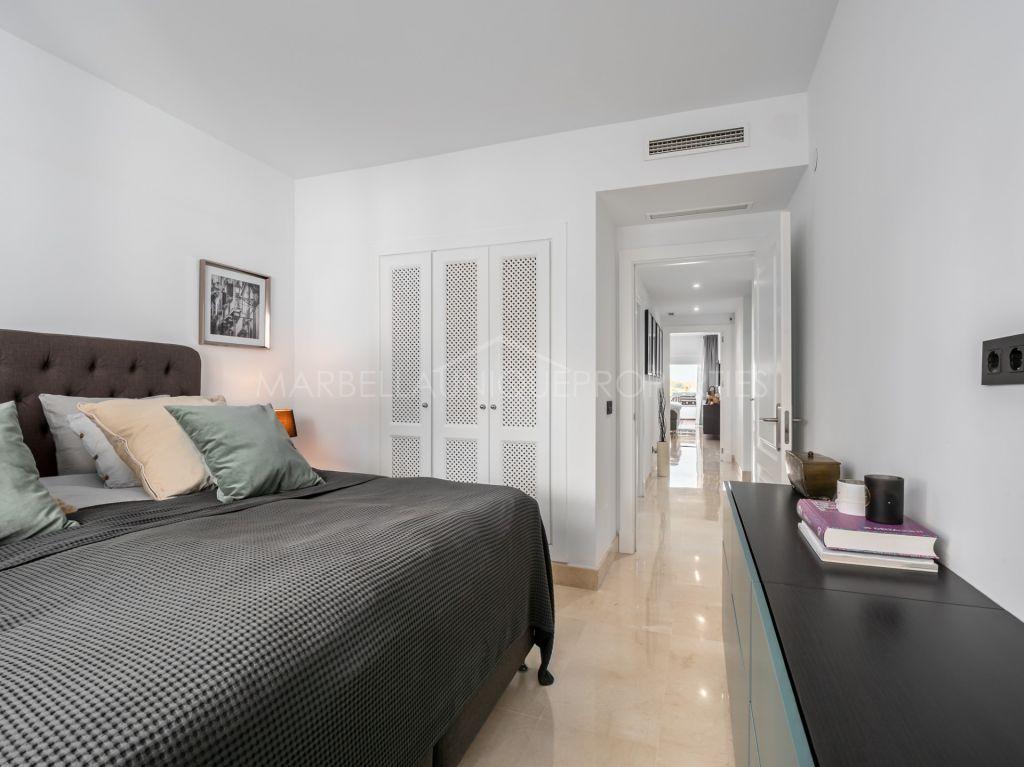 3 bedroom west facing apartment in Las Tortugas de Aloha