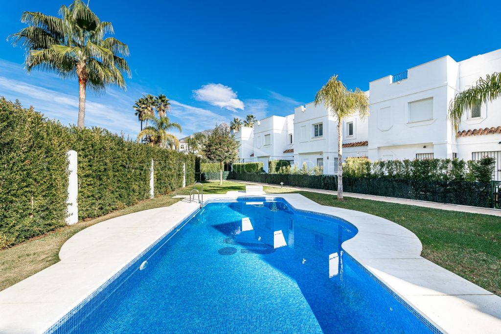 Maison de Ville en location à Los Naranjos de Marbella, Marbella