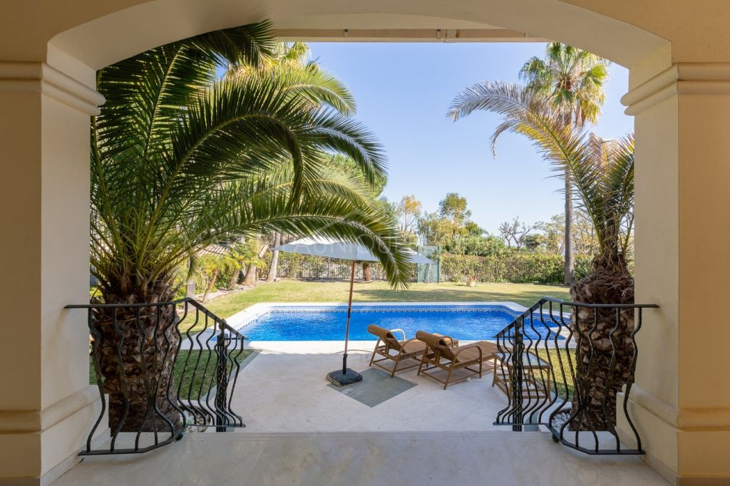 Villa for sale in Altos Reales, Marbella