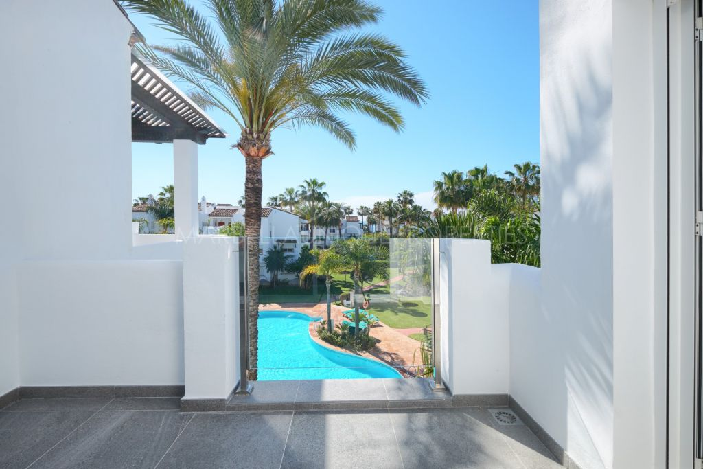 2 bedroom fully refurbished apartment, beachside in Costalita