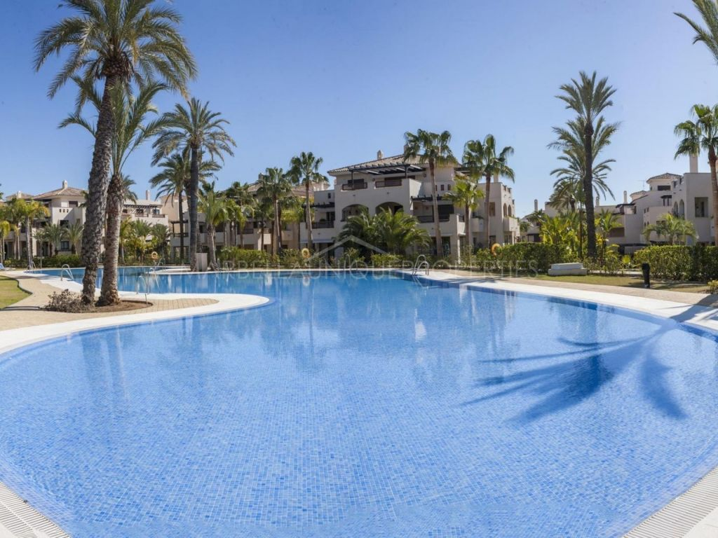 2 bedroom ground floor apartment in Medina De Banus