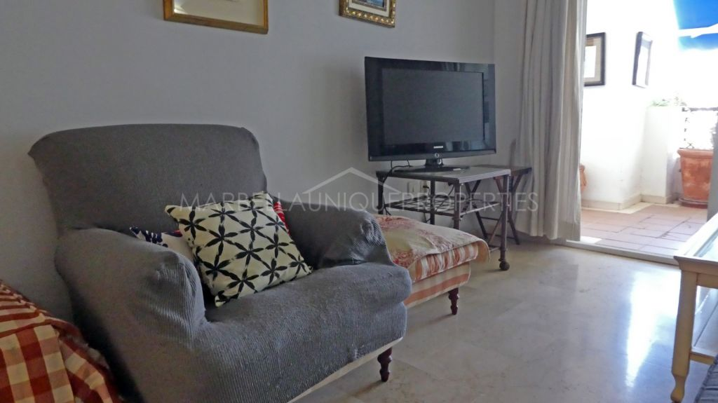 2 bedroom beachside apartment in Terrazas de Banus