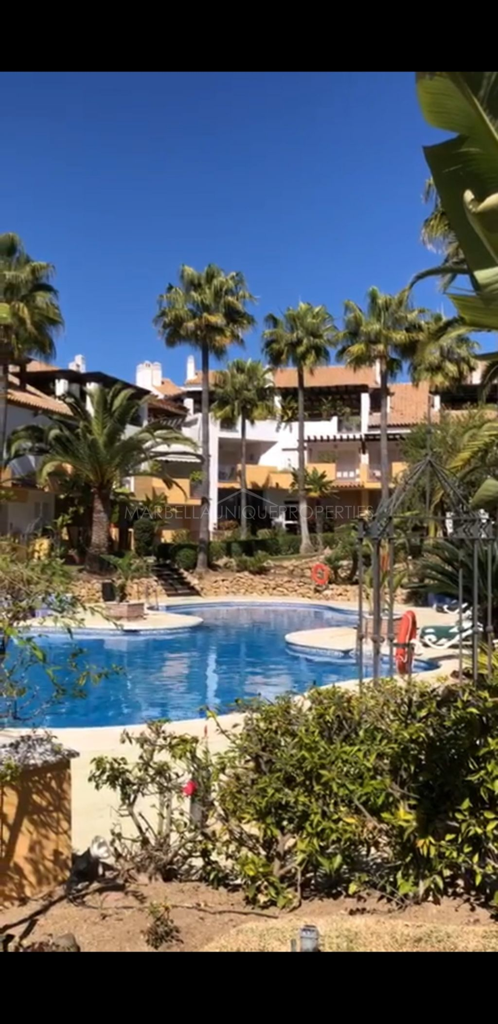 Apartment for sale in Marbella East