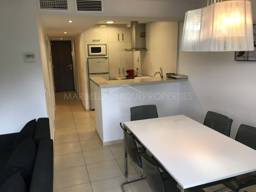 Opportunity beachside apartment in Cortijo Blanco