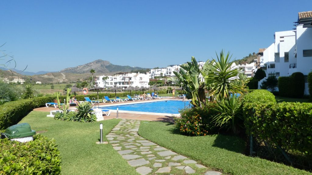 Ground Floor Apartment for rent in Los Arqueros, Benahavis