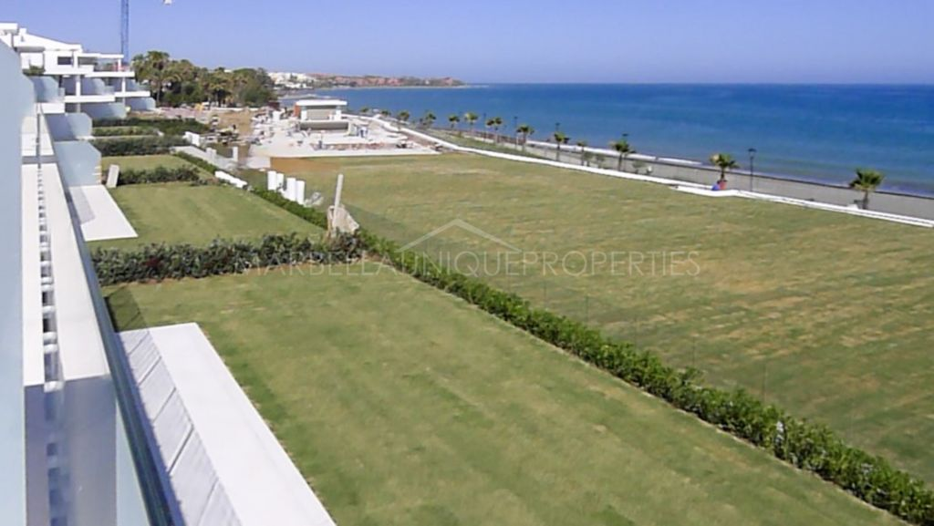Modern 4 bedroom frontline beach ground floor apartment in Emare