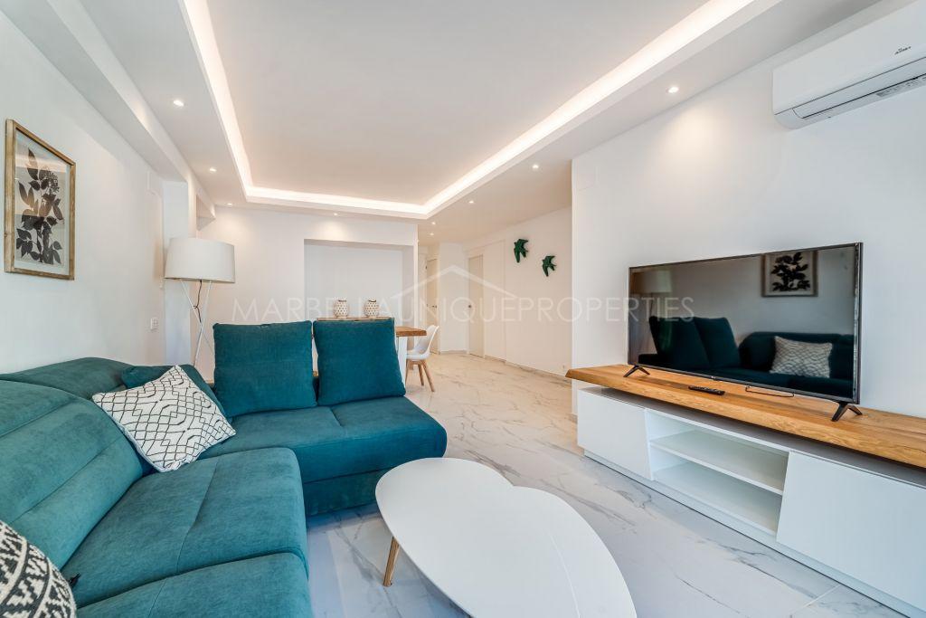 Apartamento completamente renovada de 3 dormitorios en Marbella centro