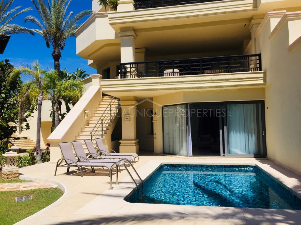 Luxury south facing duplex ground floor apartment in Laguna de Banus
