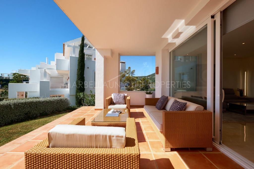 Contemporary 3 bedroom ground floor apartment in Alcazaba Lagoon