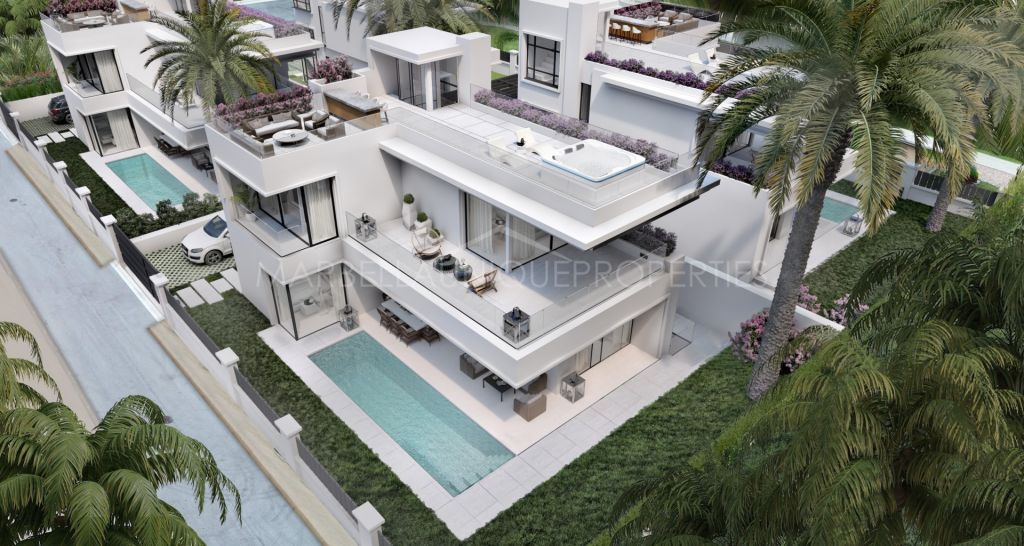 A brand new 5 bedroom villa beachside on the Golden Mile