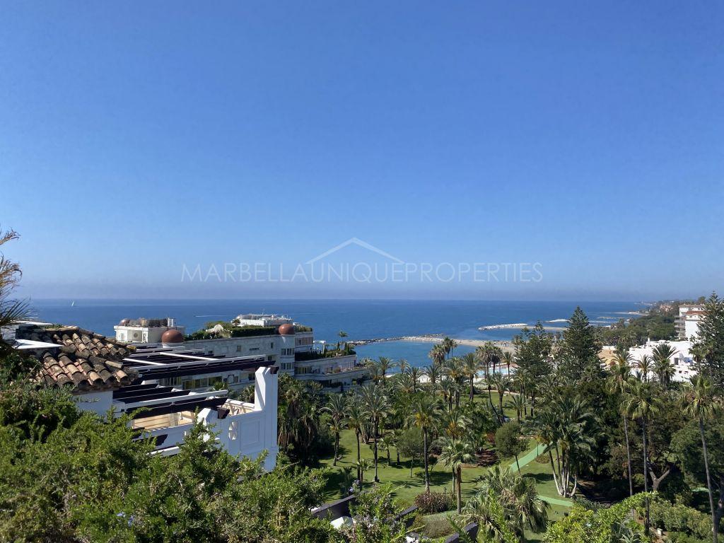 Incredible duplex penthouse for sale in Puerto Banus, Marbella.