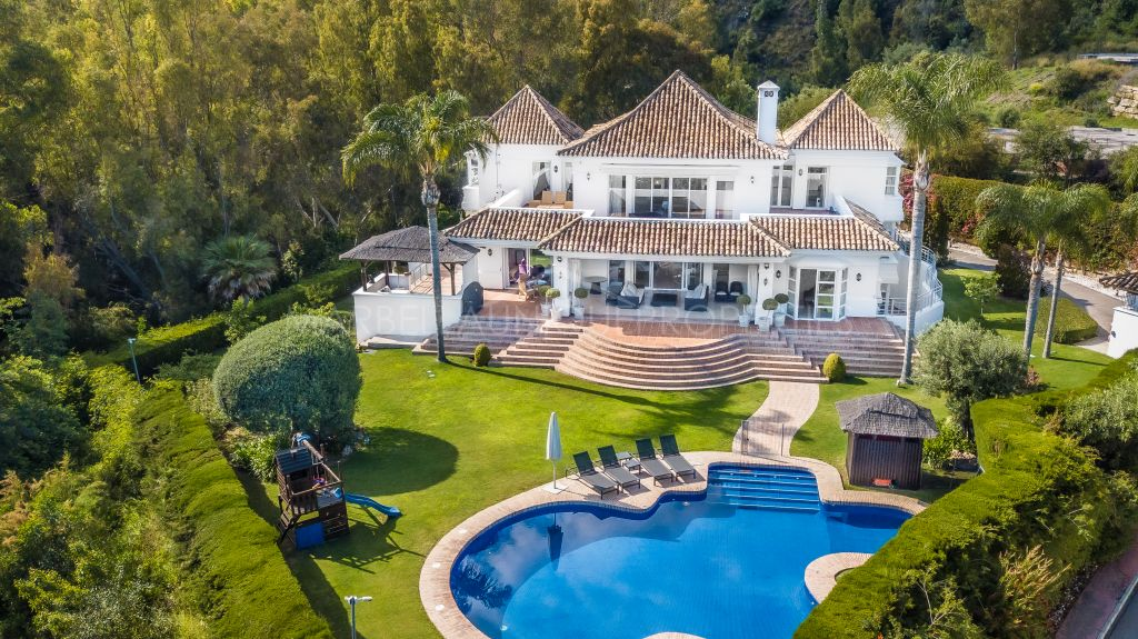 Villa en una gran parcela en el Valle del Golf, Nueva Andalucia