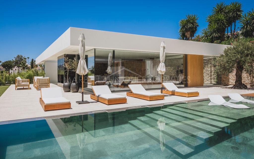 Ultramoderna Villa en el Valle del Golf de Nueva Andalucía, Marbella.