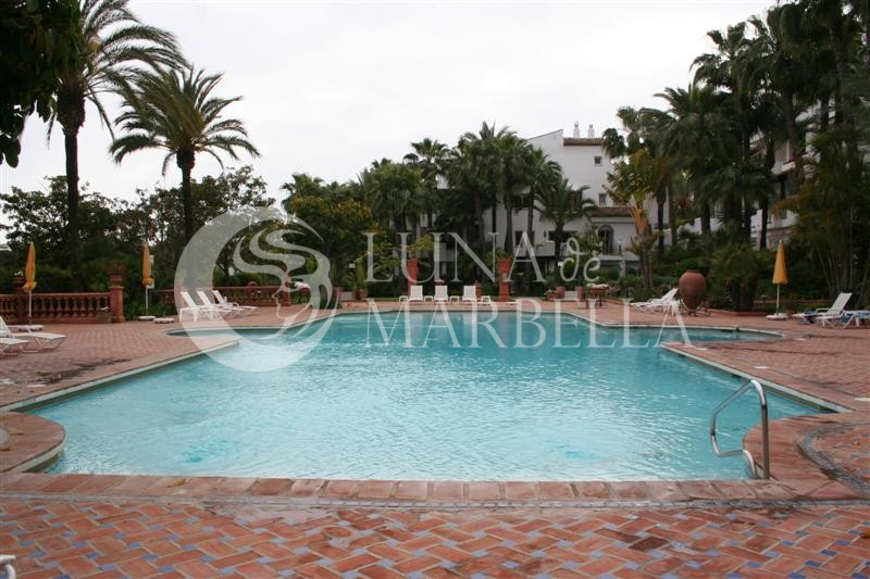 Ground Floor Apartment for sale in Marbella Golden Mile