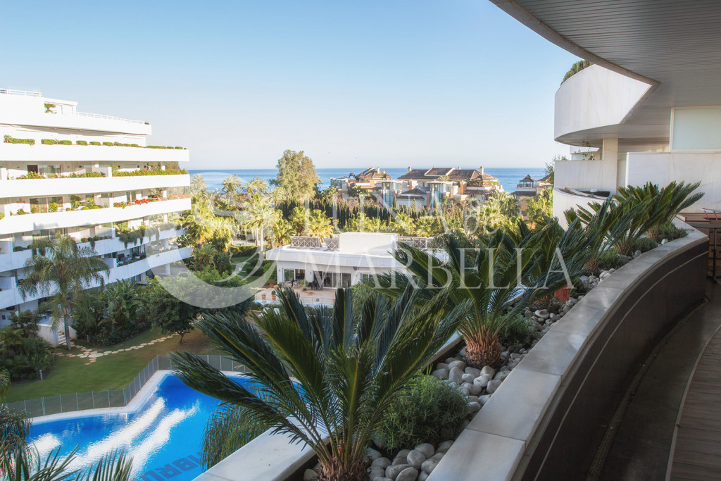 Apartment for rent in El Embrujo Banús, Marbella - Puerto Banus
