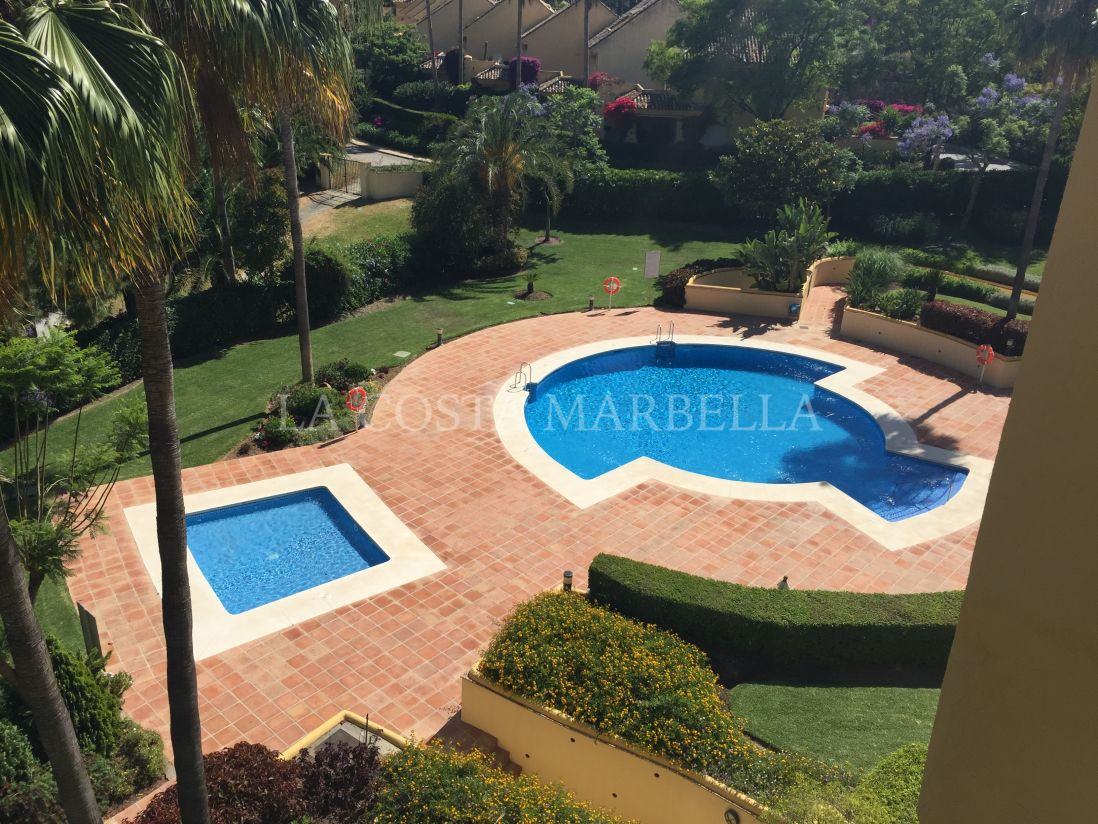 Marbella East, Apartment in Nuevo Rio Real
