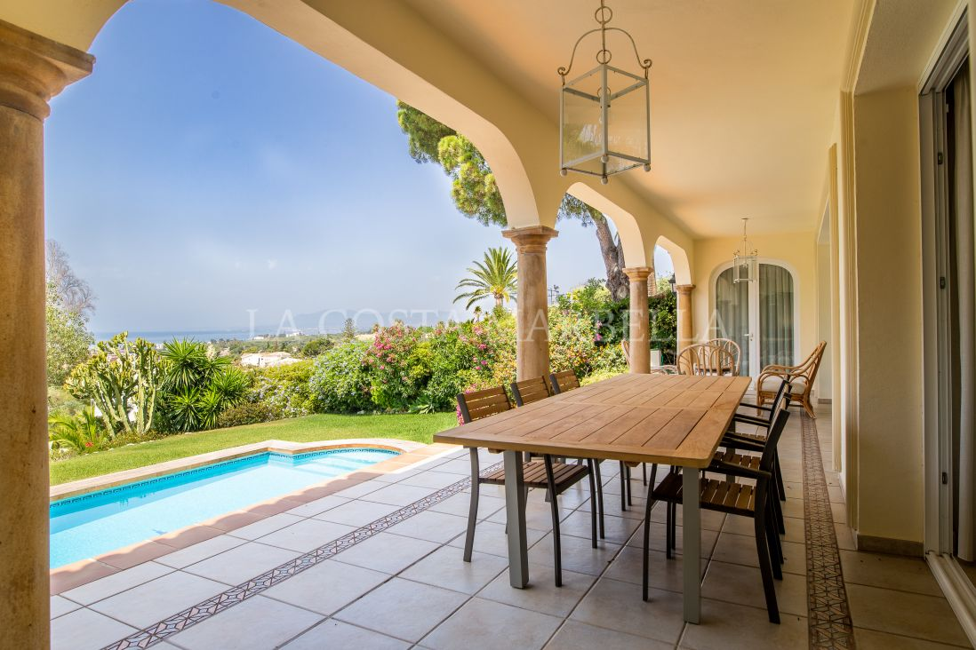 Marbella East, Great sea views villa in Elviria
