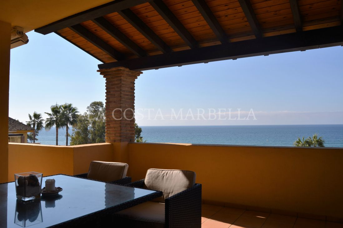Marbella East, AN EXCEPTIONAL FRONT LINE BEACH, DUPLEX PENTHOUSE FOR SALE IN MARBELLA