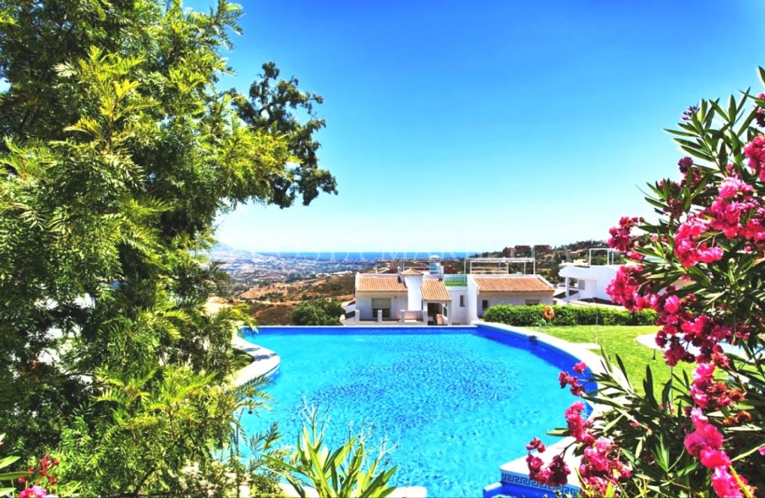Marbella East, Fantastic 3 bedroom apartment in La Mairena Forest