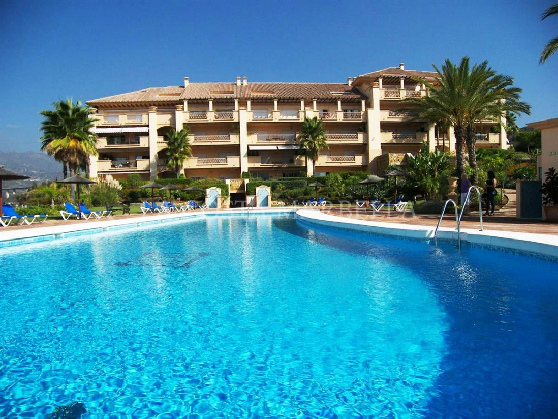 Marbella East, Modern 2 bedrooms apartment in Marbella East