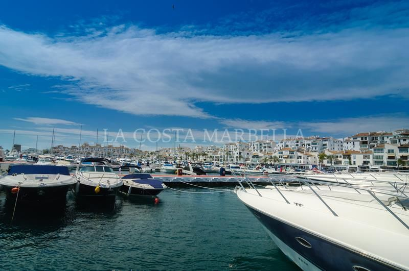 Marbella - Puerto Banus, Beautiful 2 bedrooms in Puerto Banus