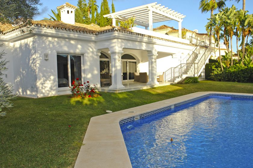 Marbella Golden Mile, Modern Villa all on one floor for sale in Sierra Blanca on the Golden Mile of Marbella