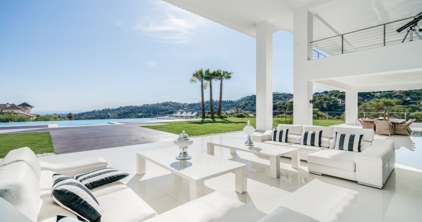 Benahavis, Breathtaking new modern villa in La Zagaleta Golf & Country Club in Benahavis