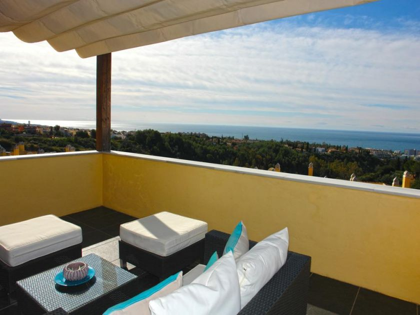Marbella Golden Mile, Designer Penthouse for sale on the Goldenene Mile in Sierra Blanca in Marbella