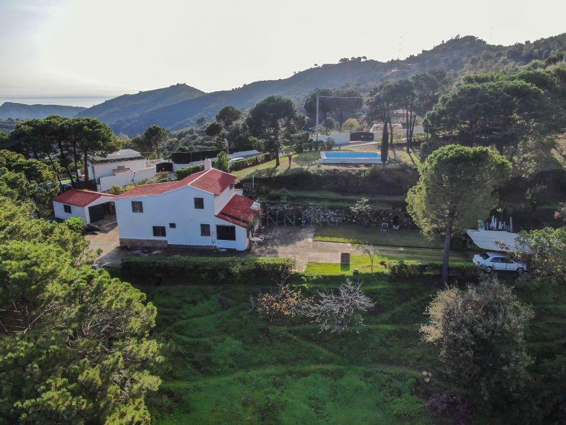 Finca en Los Reales - Sierra Estepona, Estepona