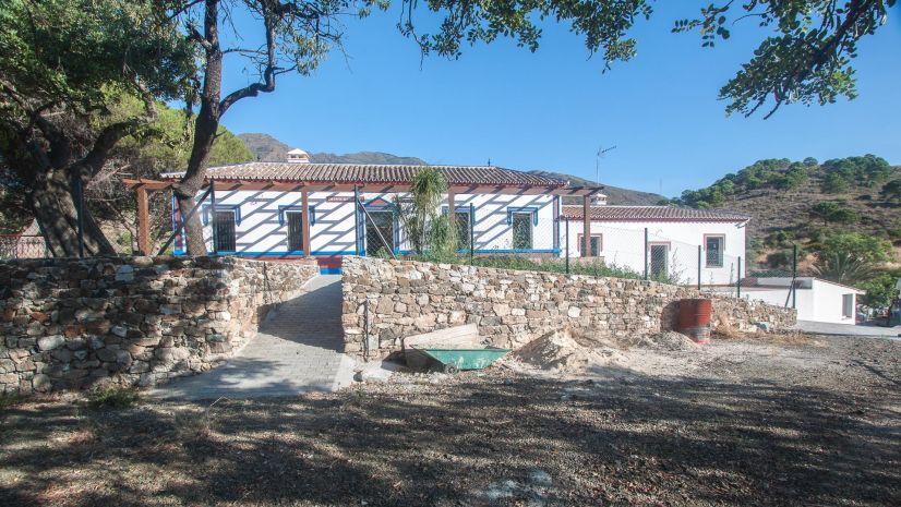 Finca in Estepona