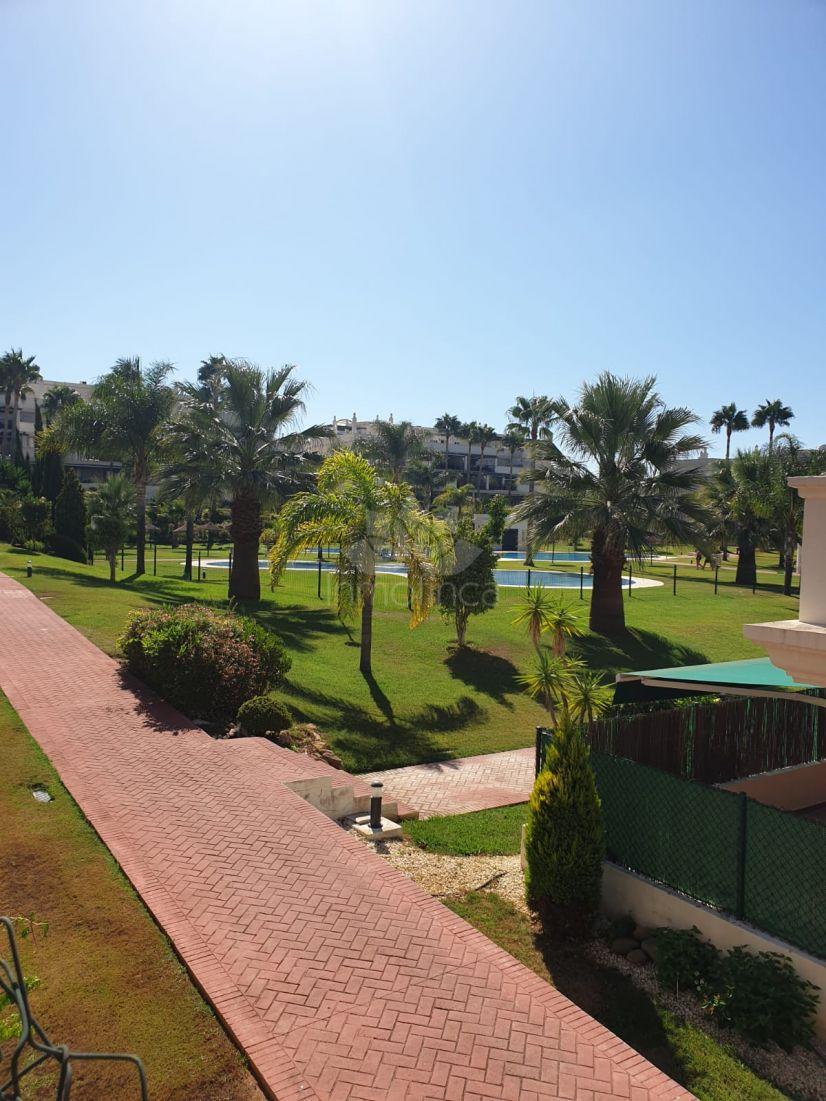 Apartamento Planta Baja en Lorcrimar, Marbella