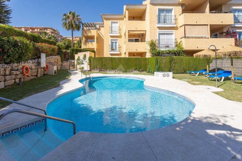Apartment in Riviera del Sol, Mijas Costa