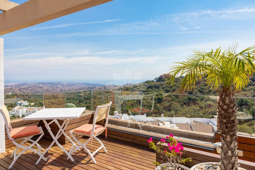 Penthouse in La Mairena, Marbella