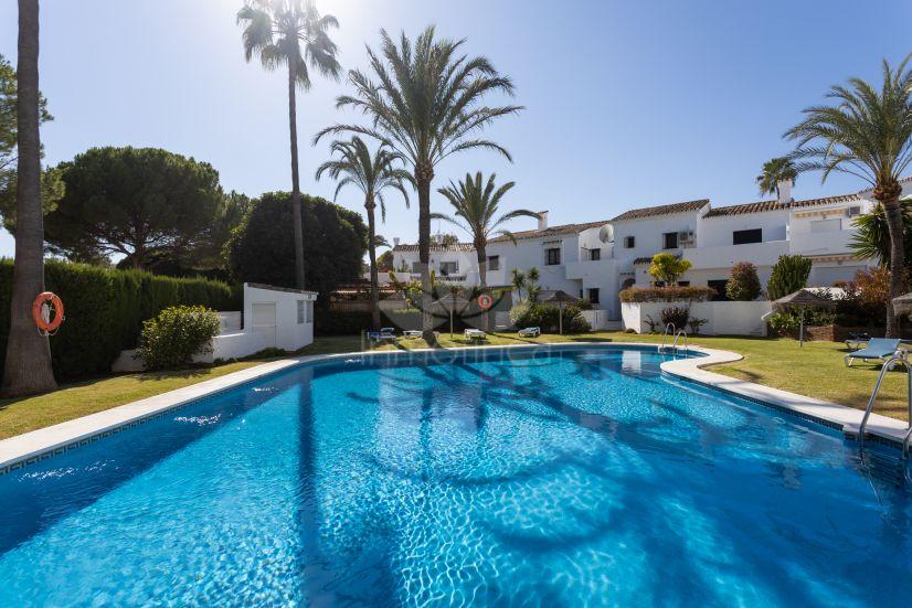 Adosado en Los Naranjos Country Club, Marbella