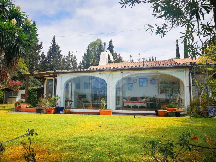 Finca en El Velerin, Estepona