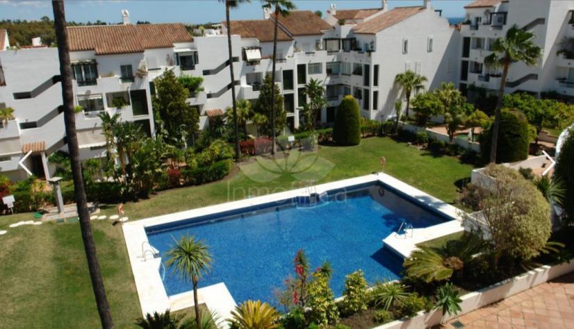 Penthouse in Las Jacarandas, Estepona