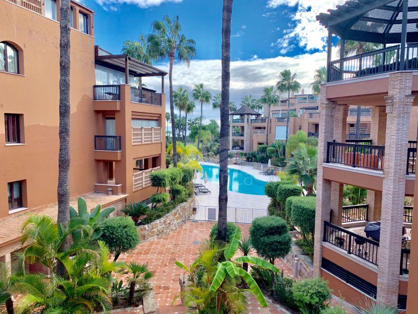 Apartment in Casablanca Beach, San Pedro de Alcantara