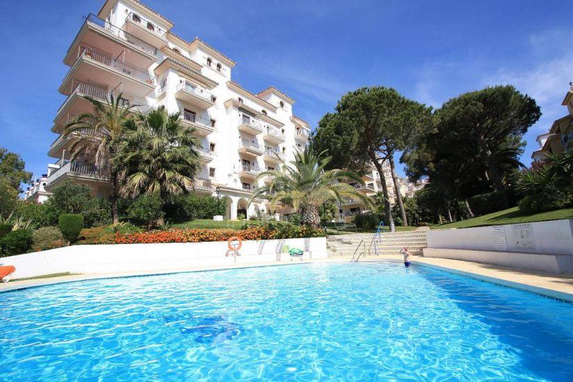 Apartamento Planta Baja en Andalucia del Mar, Marbella