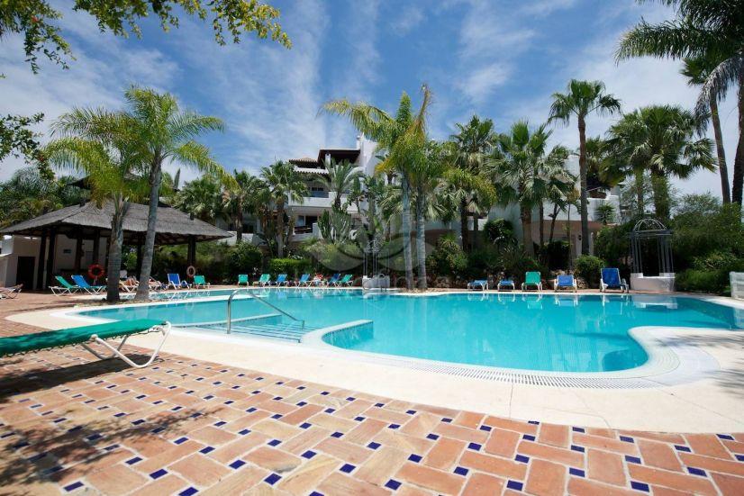Apartment in Jardines de la Aldaba, Marbella